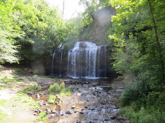Osceola, WI: Falls