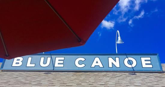 Blue Canoe Oyster Bar: Sign