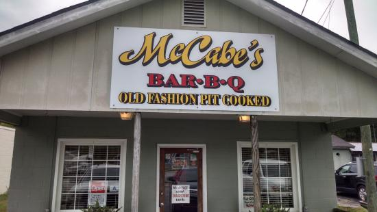 McCabe's BBQ: McCabe's barbecue, Manning, SC