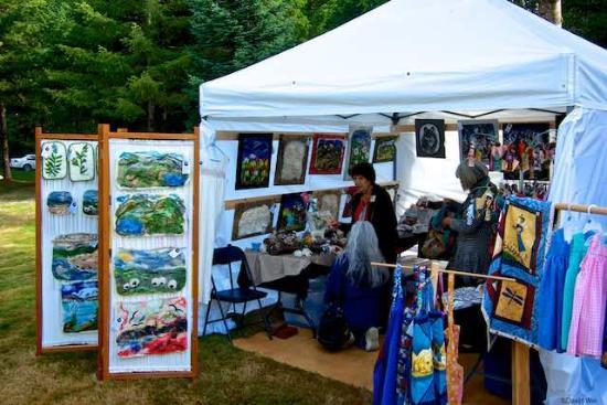 Kitty Coleman Woodland Gardens: Woodland Gardens Artisans' Festival