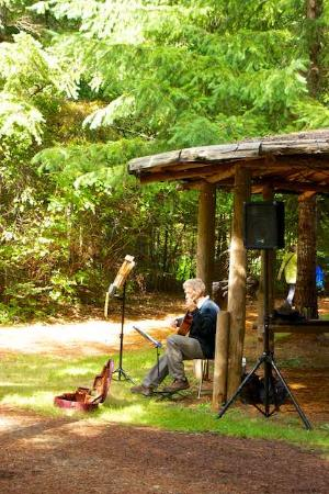 Kitty Coleman Woodland Gardens : Woodland Gardens Artisans' Festival