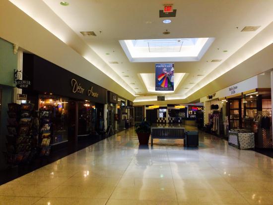 Seaway Mall