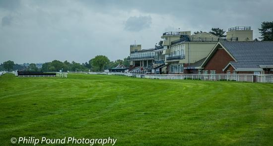Bromfield, UK: The main stand at Ludlow Racecourse