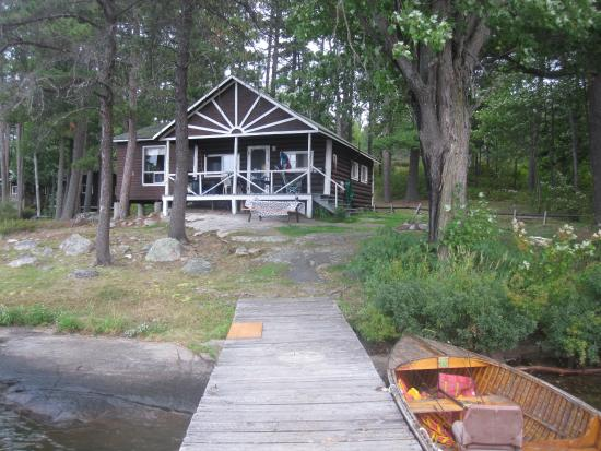 Monetville, แคนาดา: Cabin/boat