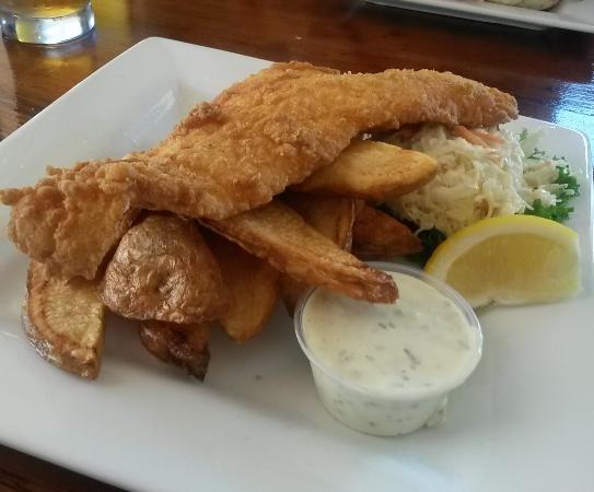 Aidan's Pub: Fish and Chips