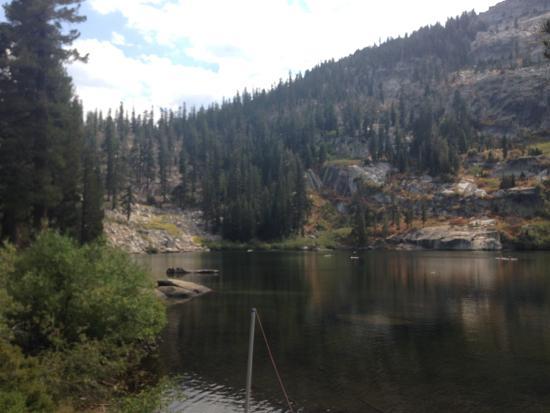 Fallen Leaf, Californien: Angora Lakes