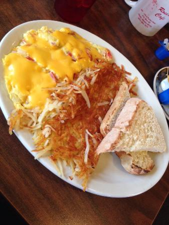 Healy, AK: veggie omelette, hash browns, & sourdough toast