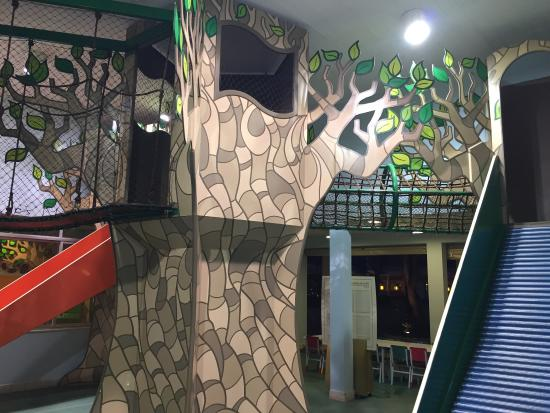 Hotel Bourbon : Hotel fantástico para crianças e adultos. Observar a escolha do quarto para não ter crise alérgi