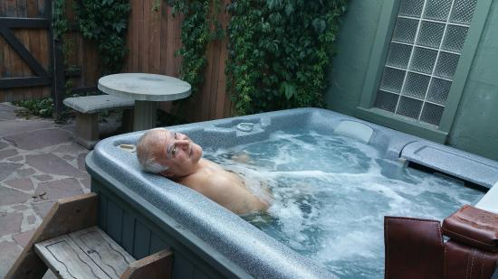 Cliff House Lodge and Hot Tub Cottages: The Canterbury