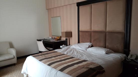 Photo of London Suites Hotel Dubai