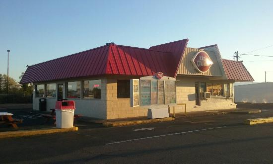 Sheridan, OR: Dairy queen