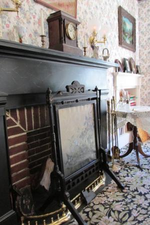 Lizzie Borden House: Living area