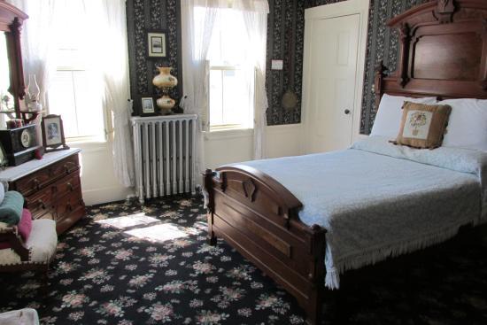 Lizzie Borden House: Bedroom