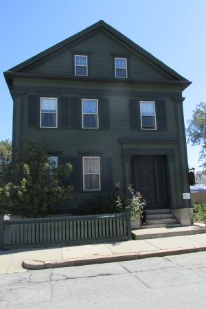 Lizzie Borden House: The Borden's Family Home