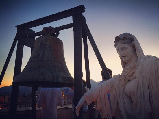 Torre di San Nicolo all'Albergheria: Tramonto sulla Torre.