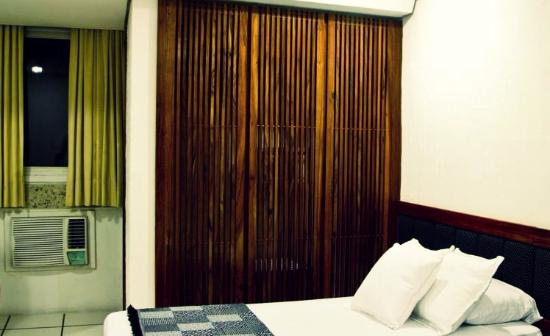 Lord Hotel: Ar condicionado ainda antigo em alguns quartos