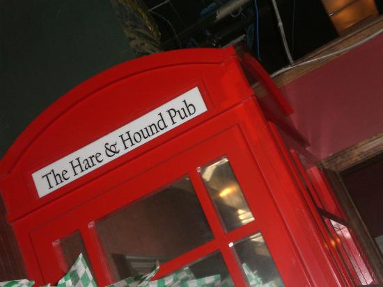 The Hare & Hound Pub: Inside Decor