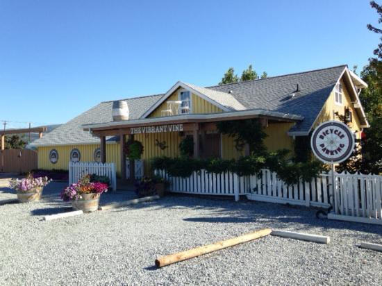 The Exterior Picture Of Okanagan Villa Estate Winery And