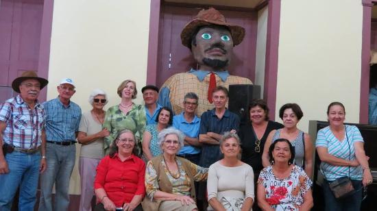 Jacarei: Reunião de grupo de Cultura Popular