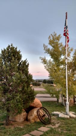 Colorado City, CO: front lawn of the diner! All american and proud of it!