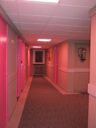 Ostend Hotel: 3rd floor.. Barbies Playhouse