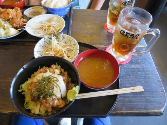 Kikugawa, Jepang: ランチ、やきとり丼