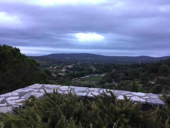 Hostellerie Le Baou: Blick vom Balkon