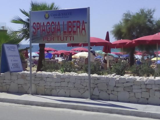 Pescoluse, Itália: Spiaggia Libera NON per tutti