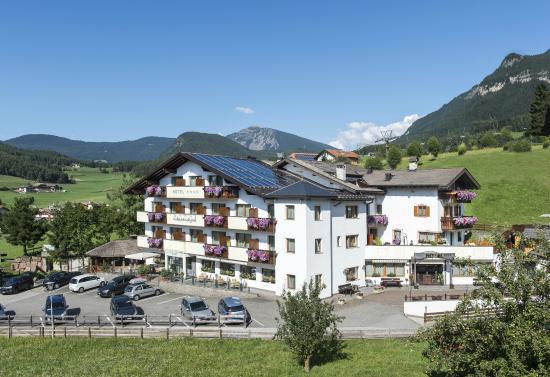 Hotel Alpenroyal