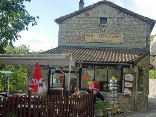 bar restaurant super sympa - Photo de Chez Paulette, Balazuc - Tripadvisor