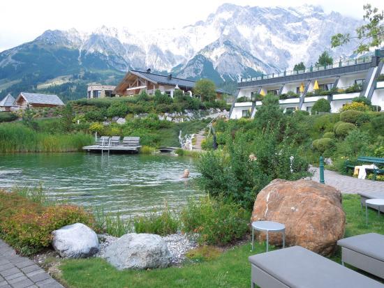 Geheizter Naturpool Picture Of Ubergossene Alm Resort Dienten Am