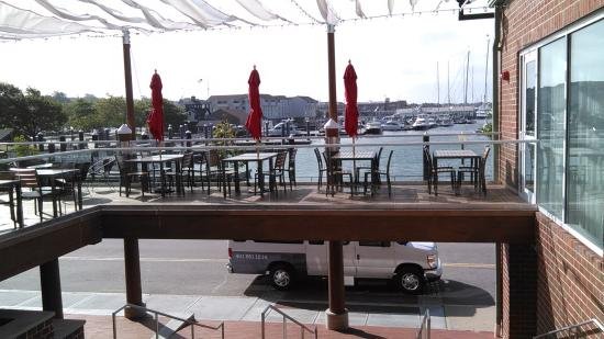 MainSail: Outside Dining 1
