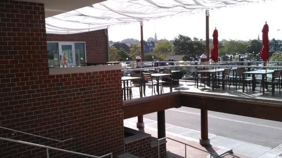 MainSail: Outside Dining 2
