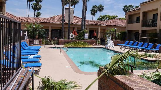 Courtyard Anaheim Buena Park: nice pool