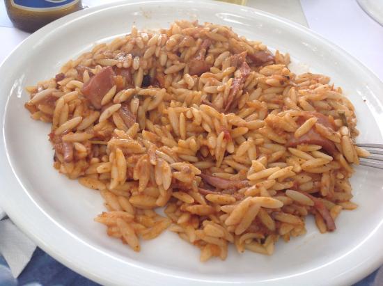 Andros Holiday Hotel: Calamari with pasta