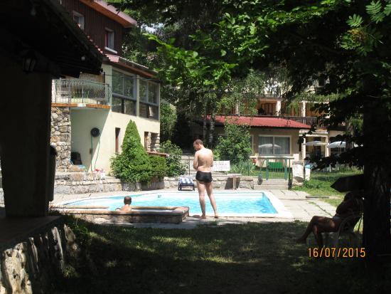 Isere, Francia: la piscine de l'hôtel