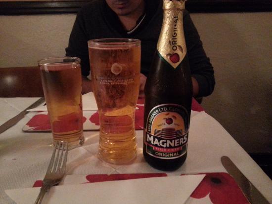 Patio: Cidre et bière