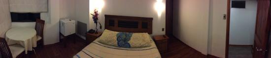 Hotel Nubes: Habitación