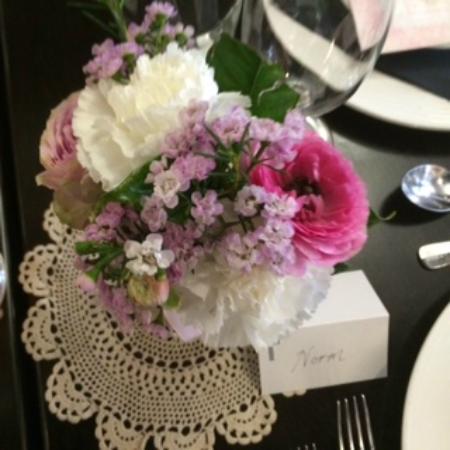 Nicola's Ristorante: Flowers
