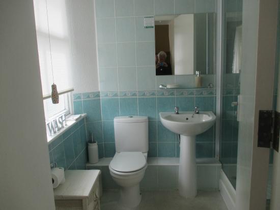 White Lion Hotel : Bathroom