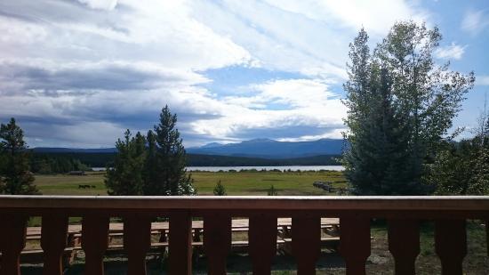Terra Nostra Guest Ranch: Blick von der Verandna