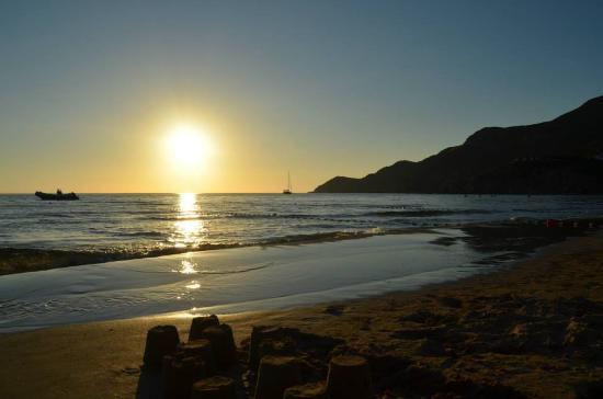 Portixeddu, Italia: Ancora il tramonto qualche minuto prima