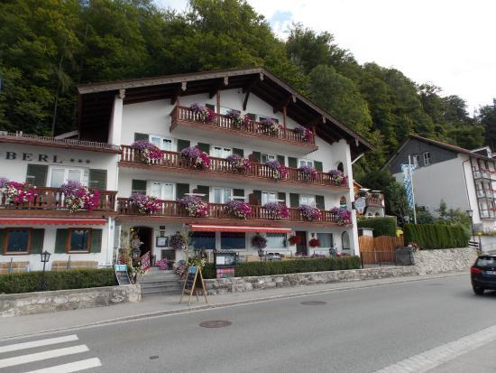 Hotel-Restaurant Fischerstueberl am See