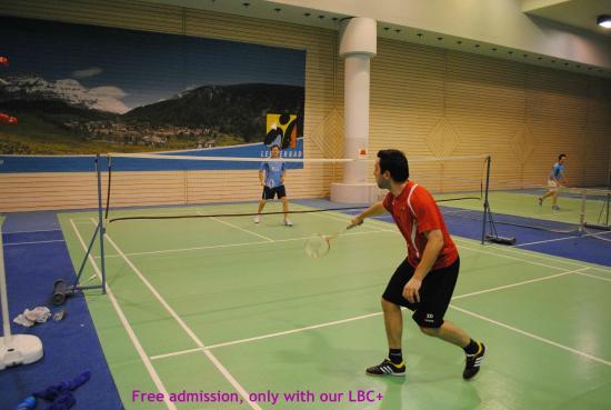 Haus Majesta: Tennis, Squash and Badminton in Sportarena