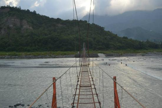 Cordillera Region, ฟิลิปปินส์: bridge connecting two towns