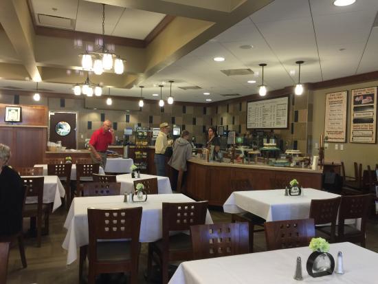 Spoons Bistro & Bakery: Inside Spoons Bistro