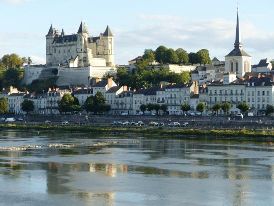 BEST WESTERN Adagio: view across the Loire to the Chateau du Beaulieu