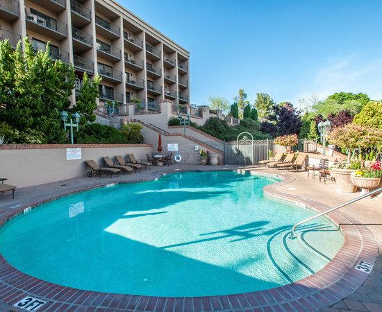 Best Western Plus Arroyo Roble Hotel Amp Creekside Villas