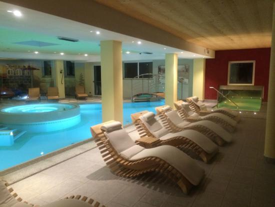 Family Wellness Hotel Renato : relax con piscina