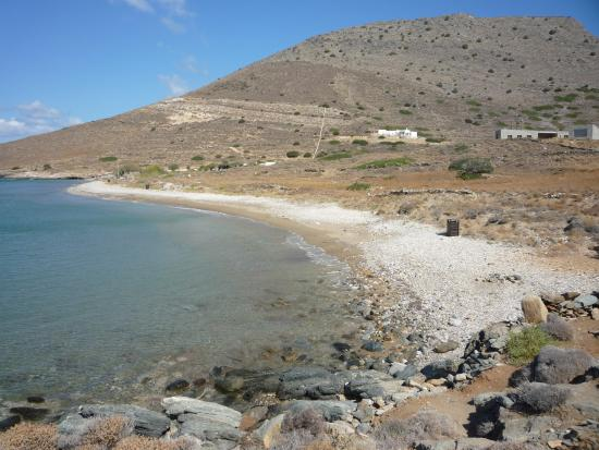 Κίνι, Ελλάδα: partial view of Delfini beach, Syros island [20-30 mins by foot from Kini harbor]